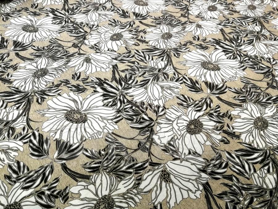Náhradní potah na schody Černobílé květy na béžové