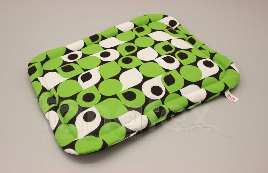 Podložka klasik - cca 62x41 - zelené tvary