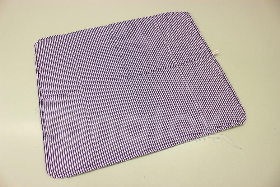 Pratelná podložka - fialové proužky